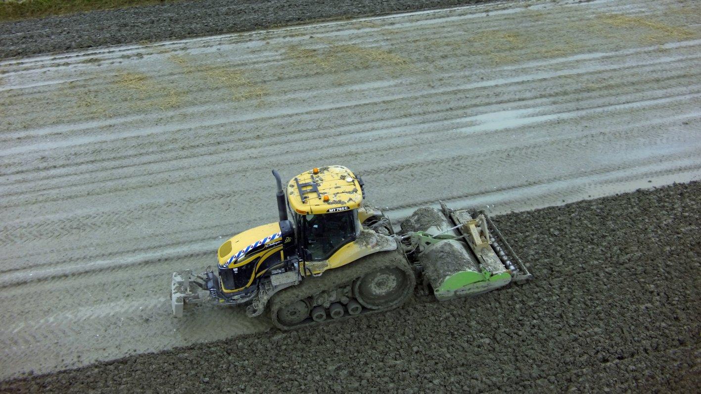 Luchtfoto's werkzaamheden Loonbedrijf Klaas Fekkes