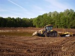 Egaliseren grond door Loonbedrijf Klaas Fekkes